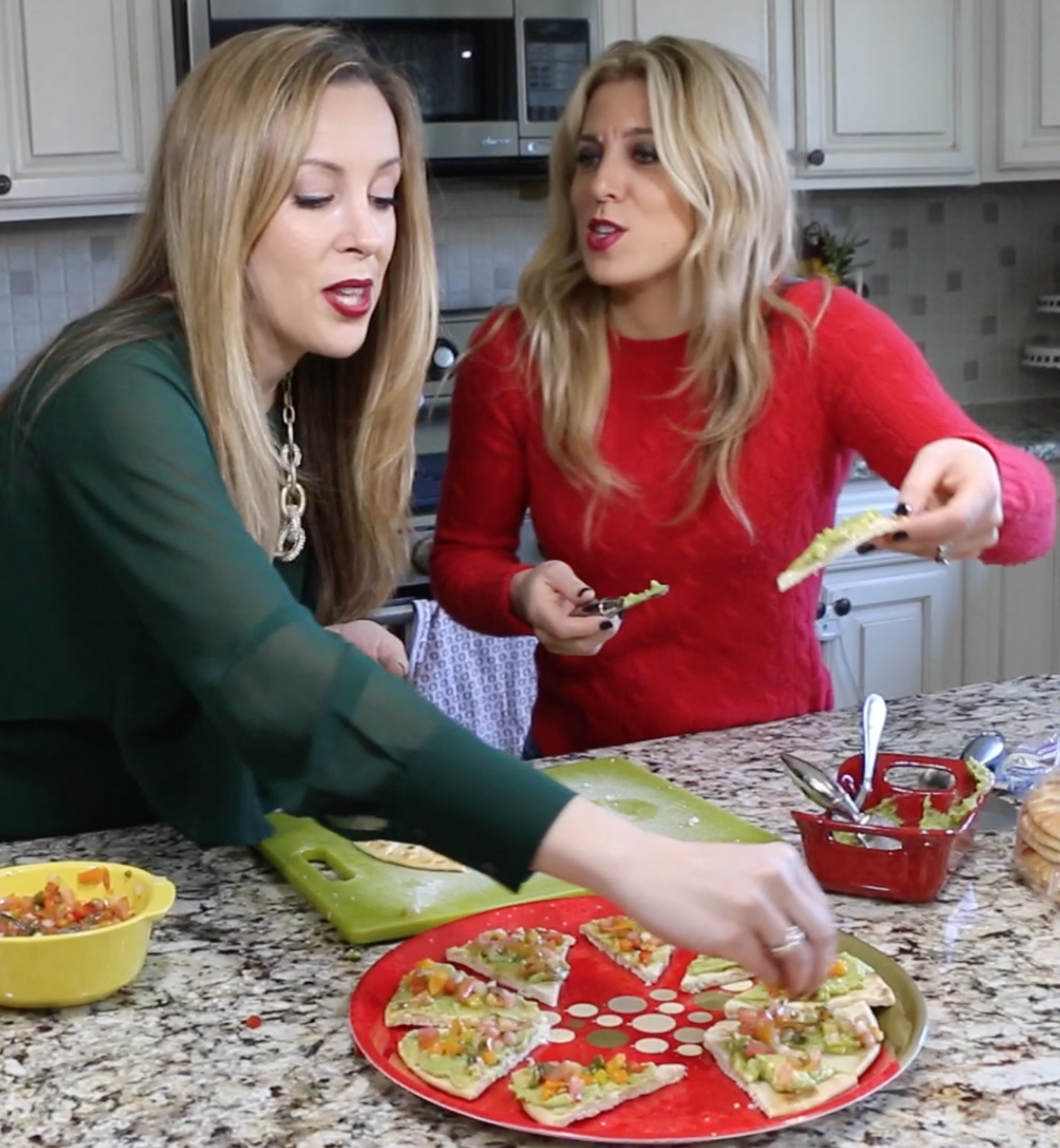 Holiday Appetizer: Guacamole Christmas Trees #holidayhustle